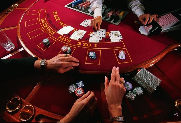 Где в москве есть подпольное казино бросить играть в казино